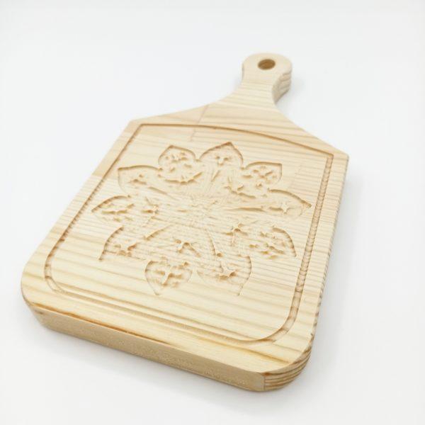 """Доска разделочная деревянная с резным рисунком """"Лада"""""""