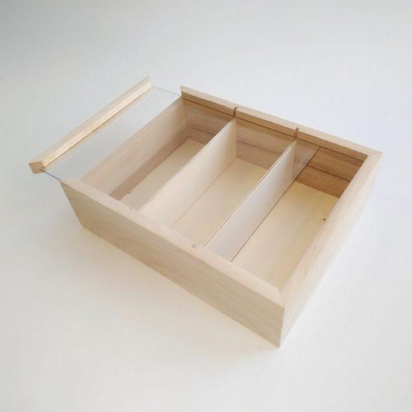Шкатулка из бамбука со стеклянной крышкой 15,5*12*4,5 см