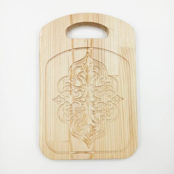 """Доска разделочная деревянная с резным рисунком """"Уют"""""""