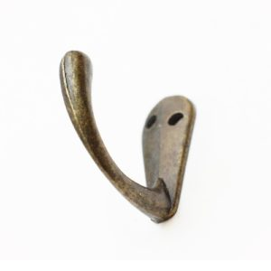 Крючок декоративный цвет бронзовый